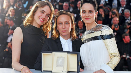 adèle haenel and noémie merlant on why thescenes in portrait of a lady on fire were liberating times