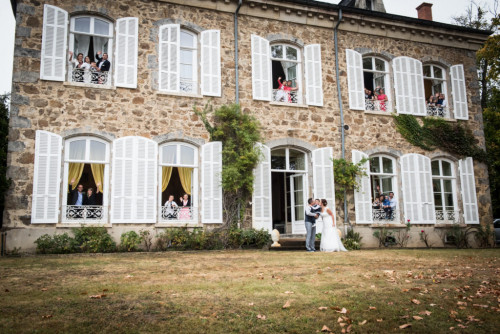 dreaming of a wedding at a french chateau close to lyon votre chateau de famille
