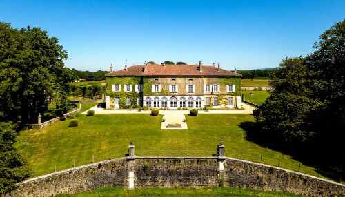 rent montplaisant to host your wedding in france near lyon and geneva